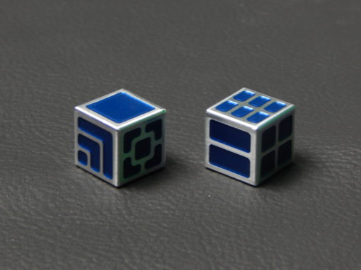 Custom Dice - blue color anodized aluminium dice XLP v2.0 reverse
