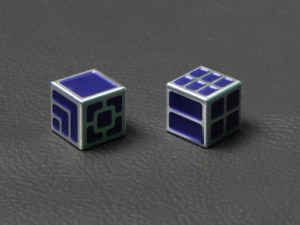 Custom Dice - purple color anodized aluminium dice XLP v2.0 reverse
