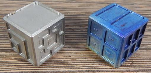 Custom metal dice XLP v1.0 Random Titatnium Second